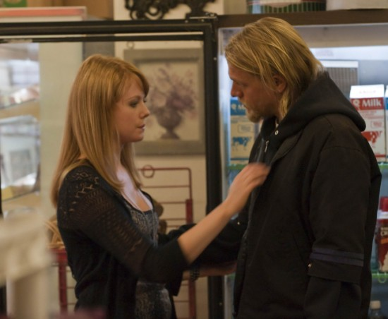 maggie siff and charlie hunnam. Charlie Hunnam,